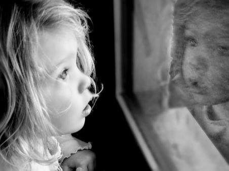 mirror child